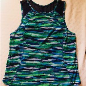 Lululemon sleeveless shirt for women
